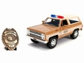 Chevrolet Hopper's Chevy Blazer + Police Badge 1/24