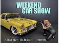 Weekend car show III Vrouw met fototoestel 1/18