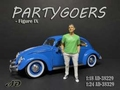 Partygoers  IX Man met groene T shirt green 1/24